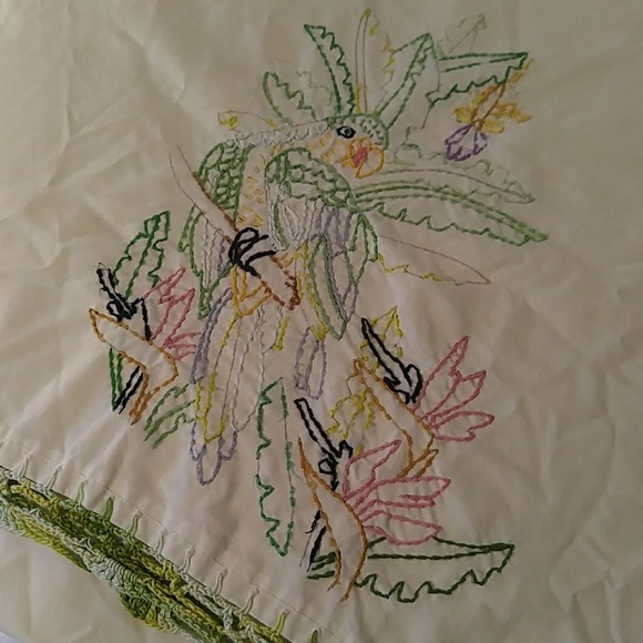 unknown Other - Vintage Embroidery Parrot Pillowcase
